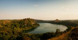 Lake Kyaninga