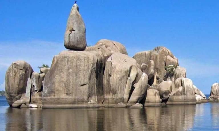 Bismarck rock, Mwanza