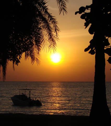 Rusinga_Sunset___boat.jpg
