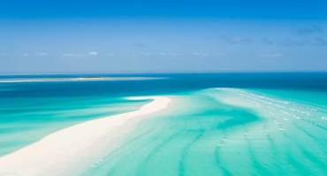 Anantara_Medjumbe_Mozambique_Flyover_SandBank_1920x1037 (1)